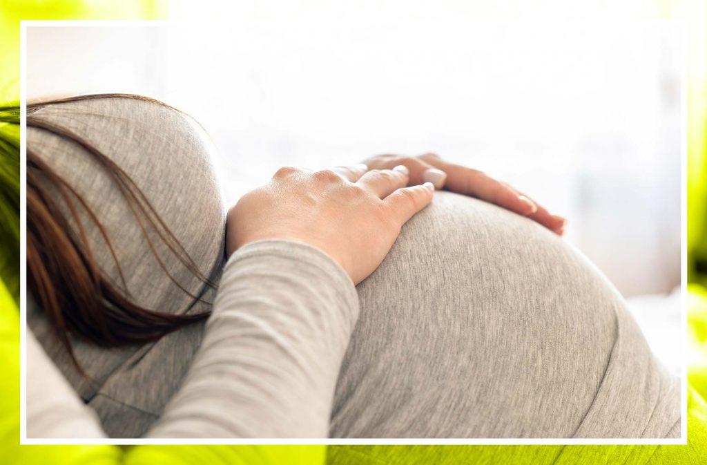 Embarazo y manchas marrones, ¿qué significan?